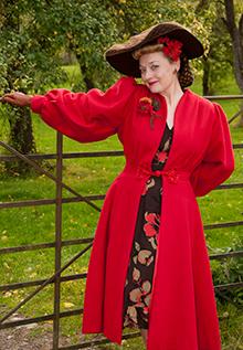 Fiona Harrison Don't Sit Under The Apple Tree