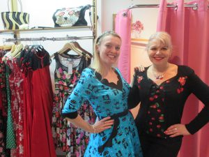 Me with Wendy of Flamingo Frocks!