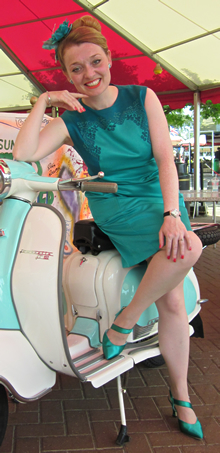 1950s-1960s-variety-entertainer-lambretta