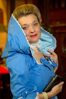 fiona-harrison-period-costume-1