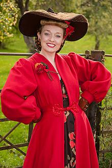 fiona-harrison-period-costume-11