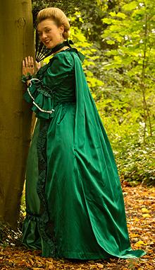 fiona-harrison-period-costume-9