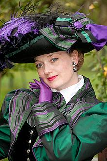 fiona-harrison-period-costume-3